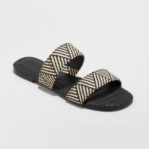 Universal Threads • Woven Slides